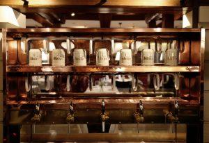 Brasserie Trier Theke 600aa.jpg